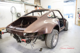 Copper-Brown-Metallic-Porsche-930-1